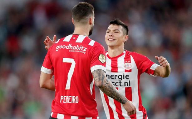 [Video] Chucky Lozano anota con el PSV y arranca temporada con el pie derecho