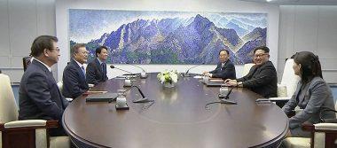 Tras histórica unión, comienzan conversaciones de la cumbre entre Coreas
