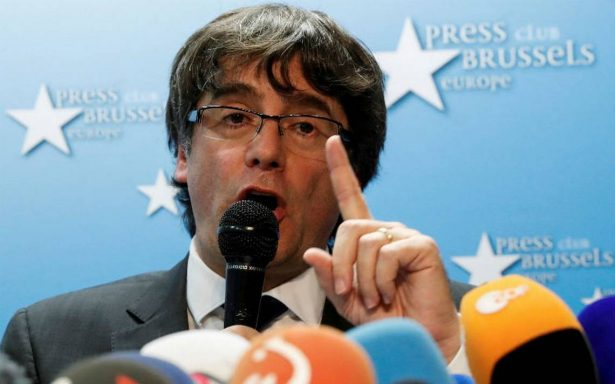 Puigdemont afirma estar abierto a un acuerdo con Madrid para solucionar crisis catalana