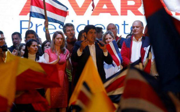 Peña Nieto felicita a Carlos Alvarado por ganar comicios de Costa Rica