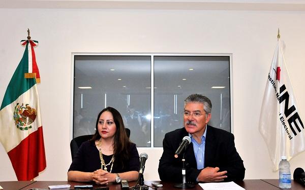 Rinde protesta Olga Castro como titular del INE