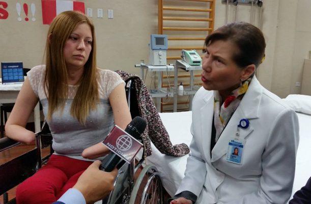 Ingresa a hospital por cálculo renal y sale sin pies ni manos