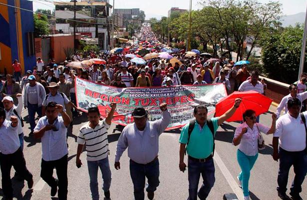 Sin clases más de un millón de estudiantes en Oaxaca