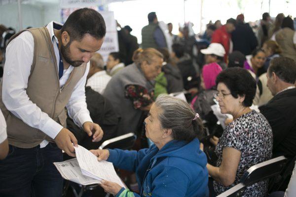 Darán oportunidades de empleo a adultos mayores