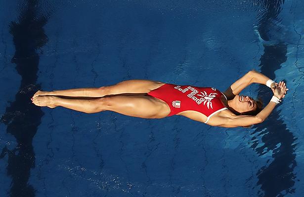 Paola Espinosa califica a semifinales; Orozco es eliminada