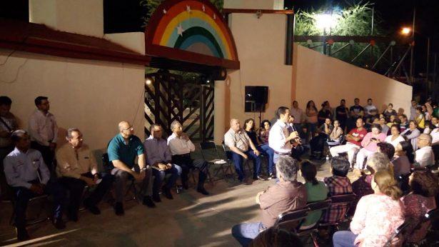 Unen esfuerzos Ayuntamiento y vecinos de Montecarlo