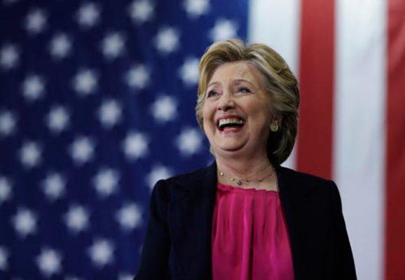 Hillary Clinton recupera ventaja en cinco estados clave