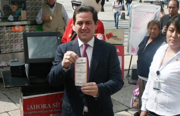 """Lotería Nacional presenta """"cachito electrónico"""""""