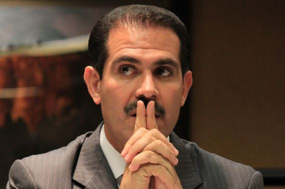 PGR pide orden de aprehensión contra exgobernador Padrés