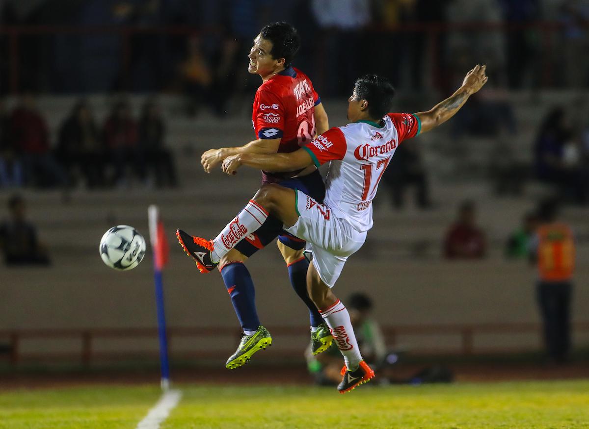 Rai villa celebra gol, durante el partido de futbol soccer entre Mineros de Zacatecas vs  Cimarrones Fc, Liguilla del torneo Apertura de la Liga Ascenso MX 2016. Estadio HÈroe de Nacozari. ***** ©Foto: LuisGutierrrez/NortePhoto