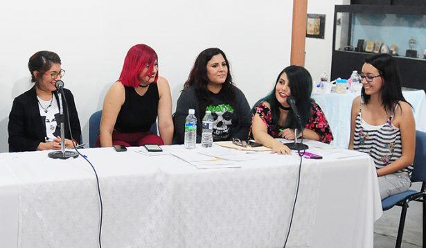 """""""Mujeres en su tinta"""""""