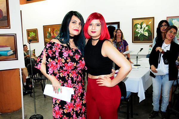 Mujeres en su tinta