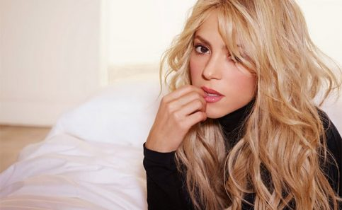 Shakira vuelve a derrochar sensualidad al bailar bachata