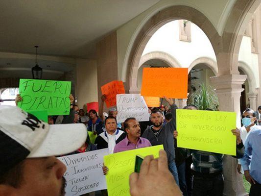 Manifestaciones simultaneas por parte de taxistas
