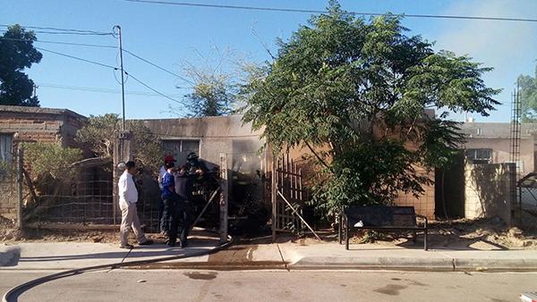 Incendian una vivienda en el Palo Verde