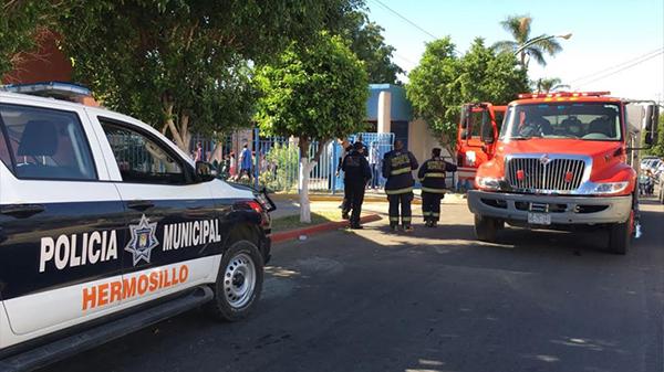 Desalojan guardería niños y maestros en la colonia Centenario