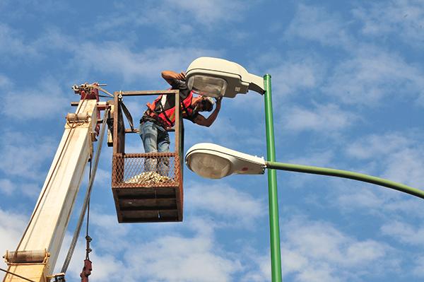 Encenderán nuevas luminarias tipo LED