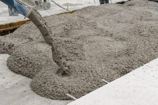 Piden desarrolladores a gobierno que se regule precio del cemento