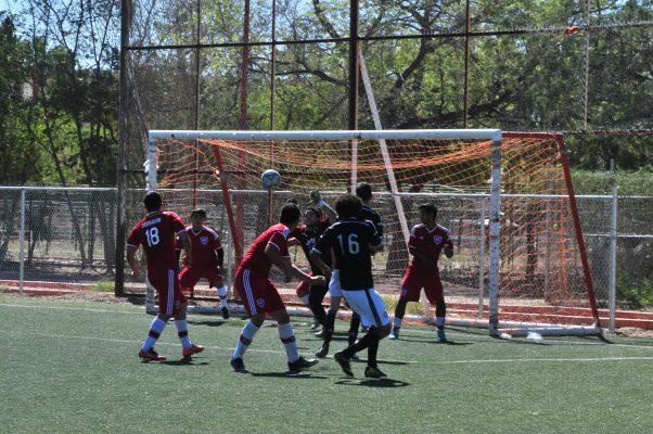 Jornada de goles en la Liga Premier