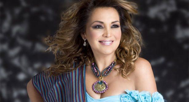 Aida Cuevas recordará a Juan Gabriel