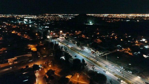 Encienden iluminación LED en el Camino del Seri