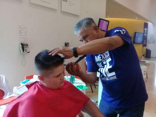 Maratón de corte de cabello, hoy en el CRIT