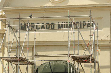 7A- FOTO 4 - Atrasos en Remodelacion fachada Mercado Mcpal-Sergio Gomez (1)