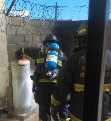 Explota cilindro de gas en fraccionamiento Villa Merlot