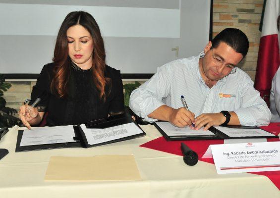 Firman convenio CMIC y Ayuntamiento