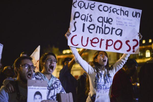 Sin sentencia los 120 procesados por desaparición de 43 normalistas