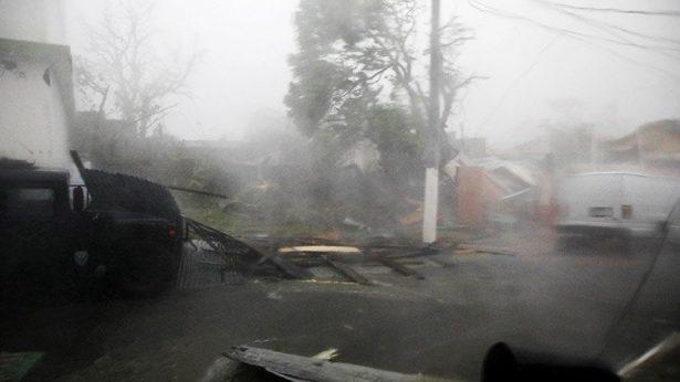 María desata toda su fuerza contra Puerto Rico; deja siete muertos en Dominica