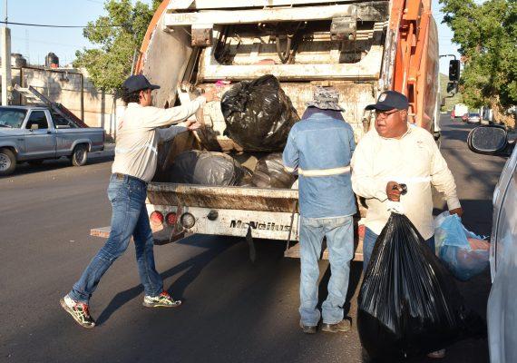 No recogerán la basura por instrucción del líder sindical: Pumarino