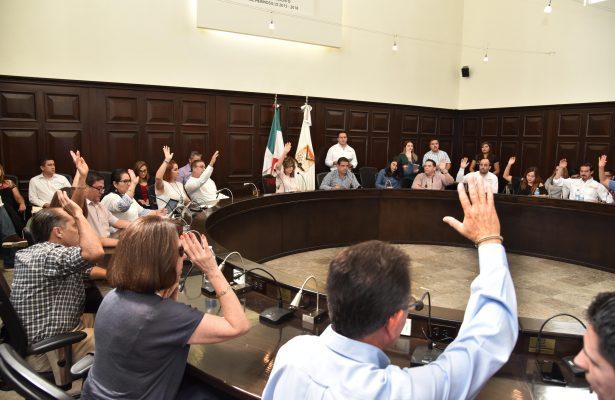 Regidores del PAN y MC representan la posible clausura del Mercado Municipal