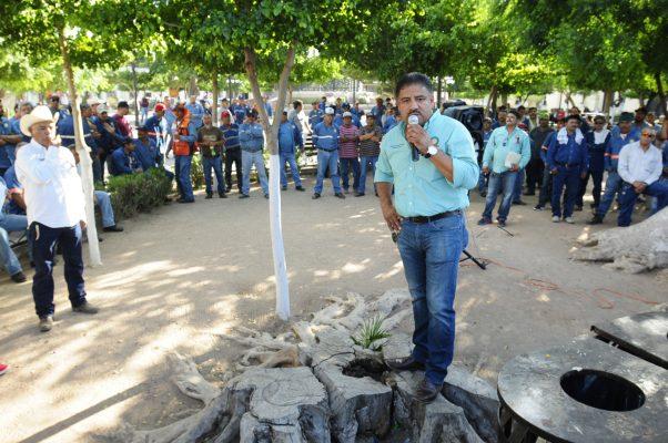 Líder sindical del Ayuntamiento actúa como corrupto: Julio Ulloa Girón