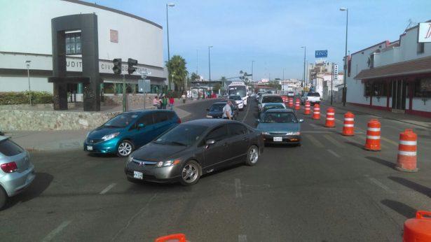 """[Galería] Cierran calle Rosales por trabajos en puente """"El Trébol"""""""