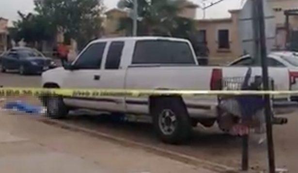 Muere niña tras ser atropellada por su madre en Puerta Real