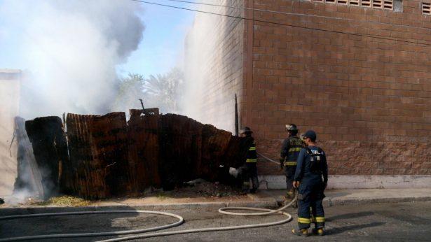 [Galería] Arde lote baldío en la colonia Centro