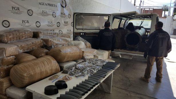 Aseguran en Agua Prieta 800 kilos de mariguana, cartuchos y una bazuca