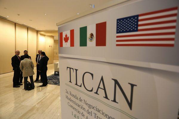 Estados Unidos sigue sin aceptar revisión de TLCAN sin cancelarlo