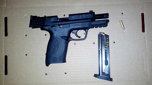 Aseguran a un joven armado