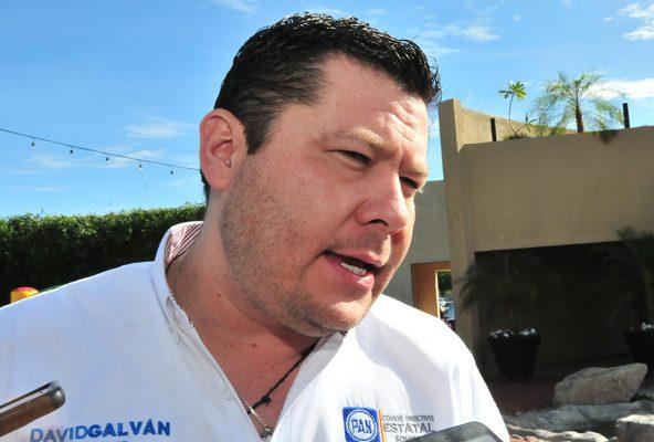 Célida López busca ser candidata con el partido que sea: David Galván