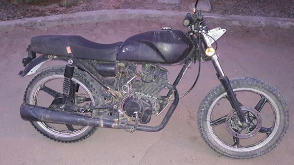 Detienen en la Costa a motociclista con droga