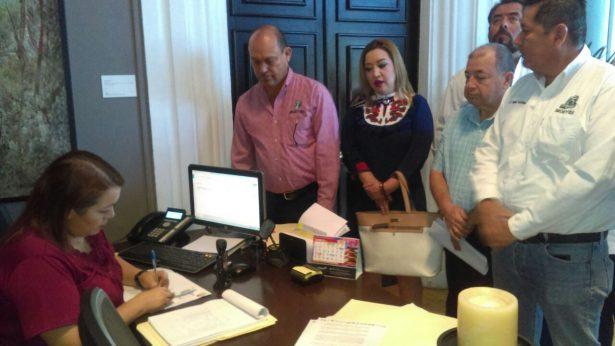 Sindicatos de Sonora piden pagos de pensiones y atención médica
