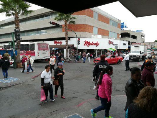 Abarrotan compradores las calles del Centro