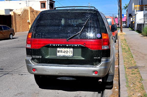 Piden legalizar carros chuecos