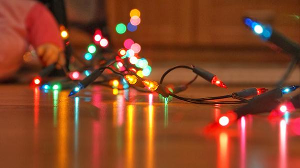Emiten recomendaciones por uso de luces navideñas