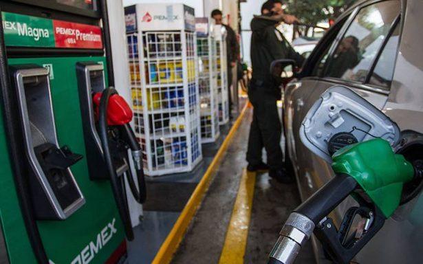 Pemex niega aumento en precio de gasolinas