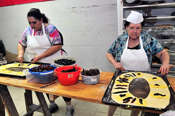 [Galería] Mantienen viva tradición de la rosca de Reyes