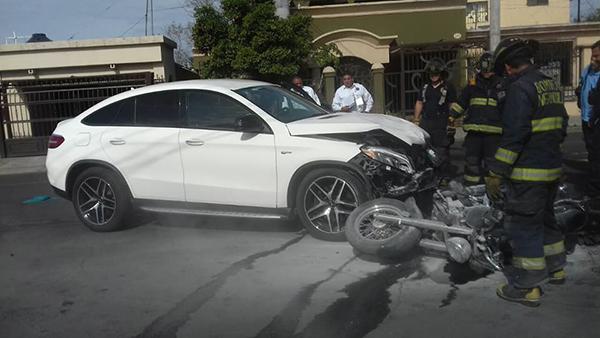 Aparatosa colisión en la San Benito