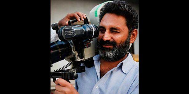 Absuelven a cineasta Mahmood Farooqui acusado de violación